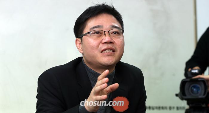 """지성호씨는 13일 """"북한의 정상회담 제의는 대북 제재로 민심이 흉흉하다 보니 정상 국가인 양 가장해 제재를 피해가려는 것""""이라고 했다."""
