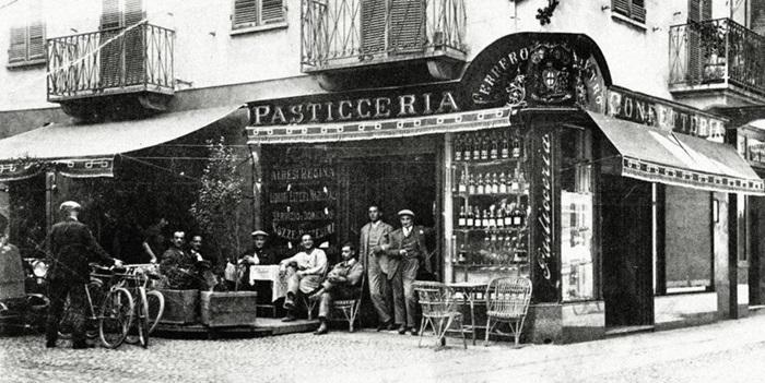 1946년 이탈리아 북부 알바(Alba)에 문을 연 페레로 제과점. 지금껏 이어온 '사람'과 '환경'을 존중하는 기업 문화의 시발점이다.