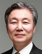 유영권 한국상담심리학회장·연세대 교수