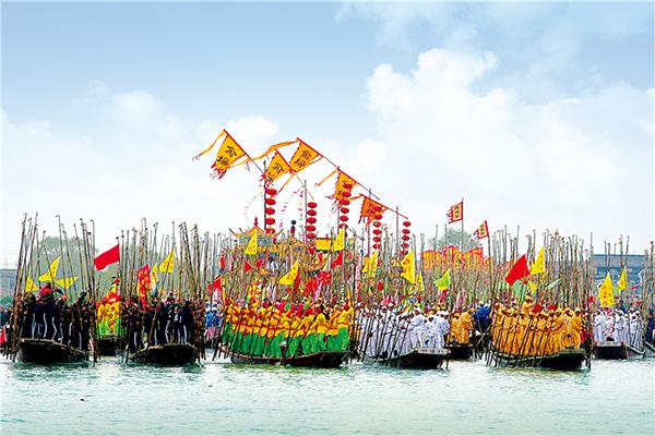 매년 4월에 '진호습지'에서 진행되는 진동회선 축제