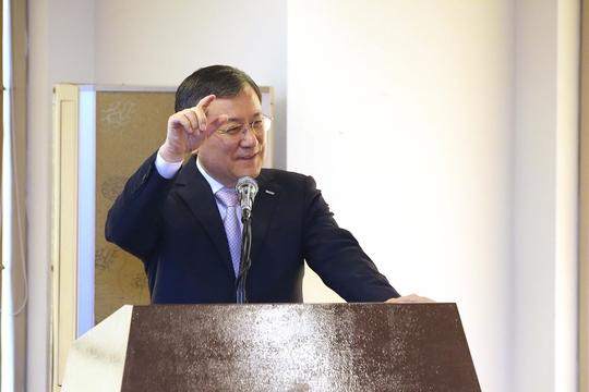 """신성철 KAIST 총장 """"2031년 세계 10위권 도약하려면 재정 지원 필수"""""""