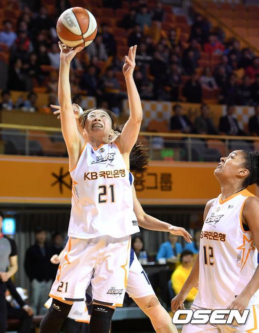 [사진]김진영,'공은 내 손을 떠났어'