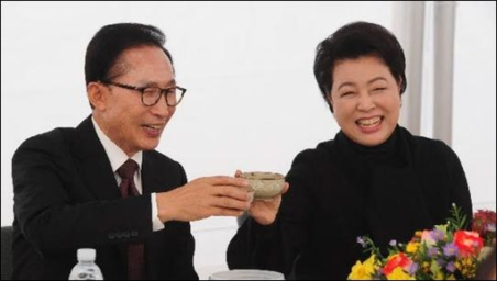 김윤옥 여사, 내주 검찰 조사 받을 듯…불법자금 수수, 다스 법인카드 사용 의혹