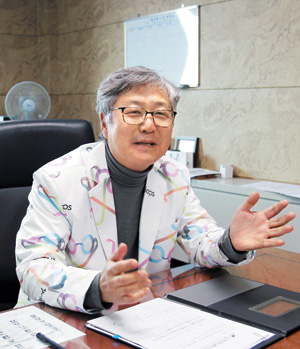 김원구 한국안광학산업진흥원 원장