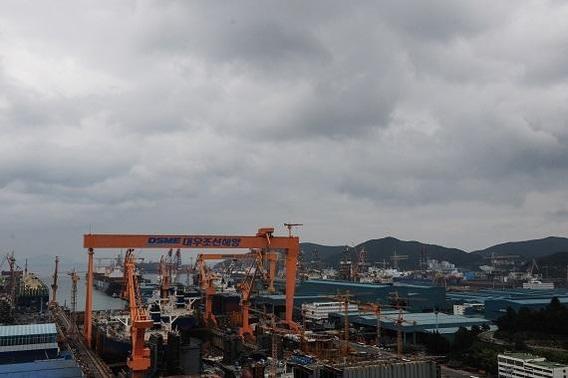 경남 거제에 있는 대우조선해양 옥포조선소./김종호 기자