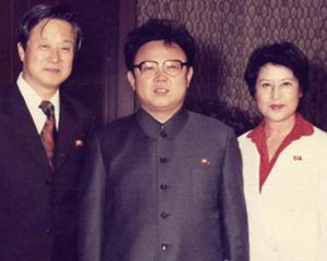 납북 당시 김정일과 함께한 신상옥 감독과 최은희. 두 사람은 영화 17편을 찍으면서 김정일의 신뢰를 얻었다.