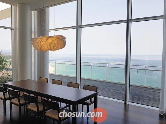지난 2월 마윈 알리바바 회장이 묵었던 씨마크호텔 15층 프레지덴셜 스위트.