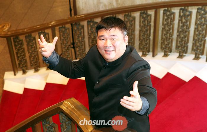 """박지응은 """"고루할 만큼 깍듯이 지킨 한국식 예의범절도 성공 비결""""이라고 했다. """"이탈리아어 존댓말을 꼬박꼬박 쓰고, 두 손 모아 인사하니 '루디는 예의 바른 청년'이라며 좋아하더군요."""""""