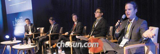 16일 오전 서울 광진구 그랜드워커힐호텔에서 열린 아시안리더십콘퍼런스 '블록체인의 미래 혁신' 세션에 참가한 도니 벤저민 콘센시스 수석자문관이 블록체인 보안에 대해 이야기하고 있다.