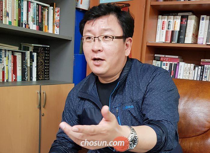 """김규민 감독은""""남북정상회담 당시 북한 모습이 전부가 아님을 영화로 알리고 싶다""""고 했다."""