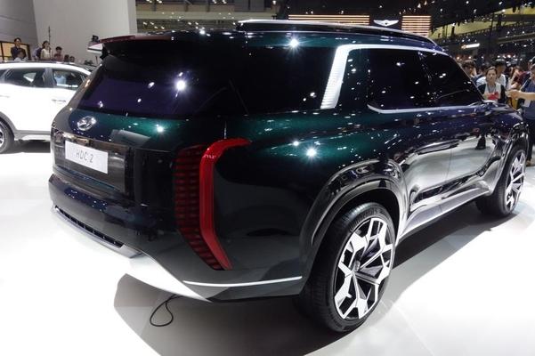 현대차의 SUV 콘셉트카인 HDC-2 그랜드마스터 콘셉트 후면부/진상훈 기자