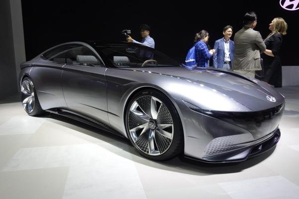 현대차의 자율주행 전기차 콘셉트카인 HDC-1 르 필 루즈/진상훈 기자