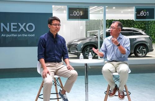 정의선 현대차 부회장이 CES아시아에서 미래차에 대해 이야기하고 있다./ 현대차 제공