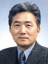 심사위원장 홍익대학교 경영학부 김형욱 교수