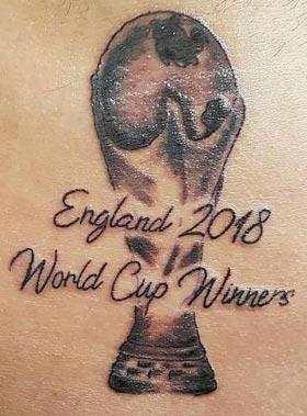 '2018 월드컵 우승국 잉글랜드'라고 문신