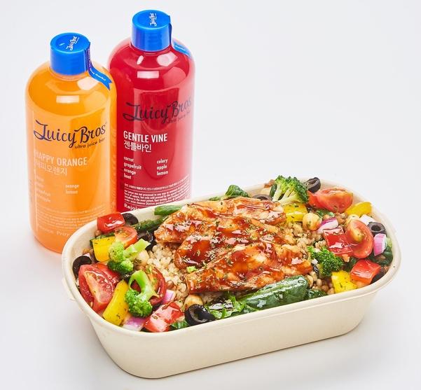 디톡스를 내세우는 만큼 주시브로스는 과일과 채소는 모두 산지직거래를 통해 최고 등급의 것들만 사용하고 있다. /한국창업전략연구소 제공