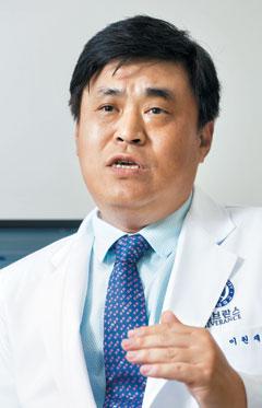 이원재 연세암병원 흉터성형레이저센터장.