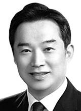 허윤 서강대 교수·한국국제통상학회장