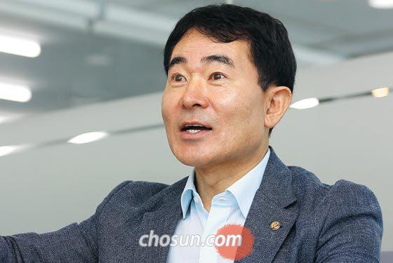 문전일 로봇산업진흥원장