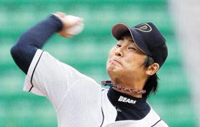 지난 2008년 프로야구 두산 유니폼을 입고 역투하는 김명제.