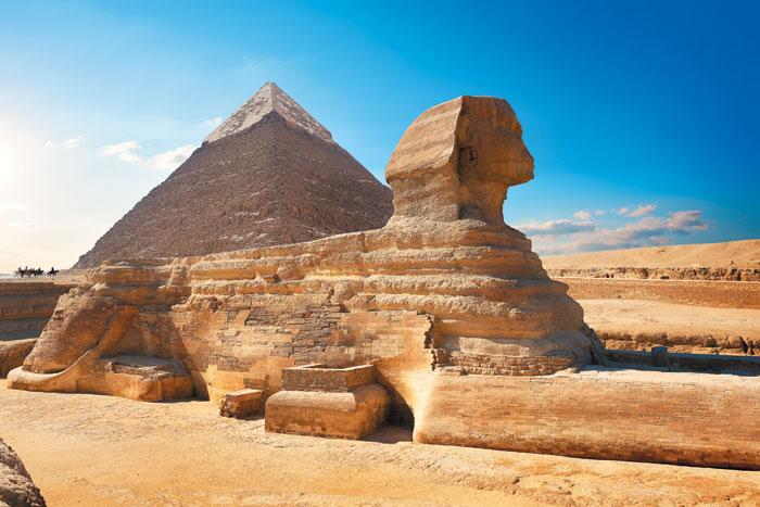 카이로 인근에 있는 기자 고원 지역의 스핑크스는 이집트를 상징하는 랜드마크다.