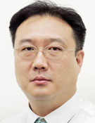 이진석 논설위원