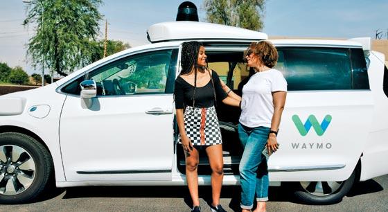 구글의 자율주행차 계열사인 웨이모가 미국 애리조나주 피닉스 일대에서 시험 서비스 중인 자율주행 택시.
