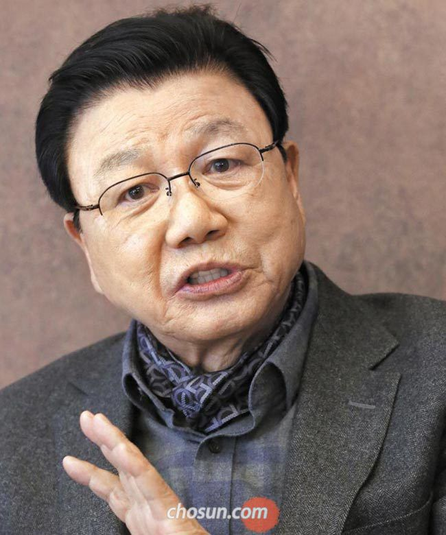 """김진선씨는""""올림픽 조직위원장을 그만두는 상황까지 왜 전개됐는지 지금도 모르겠다""""고 말했다."""