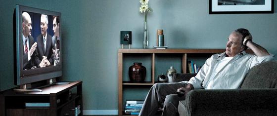 노년층의 TV 시청 시간이 하루 평균 3.5시간을 넘으면 기억력 감퇴 속도가 배로 빨라진다는 연구 결과가 나왔다.