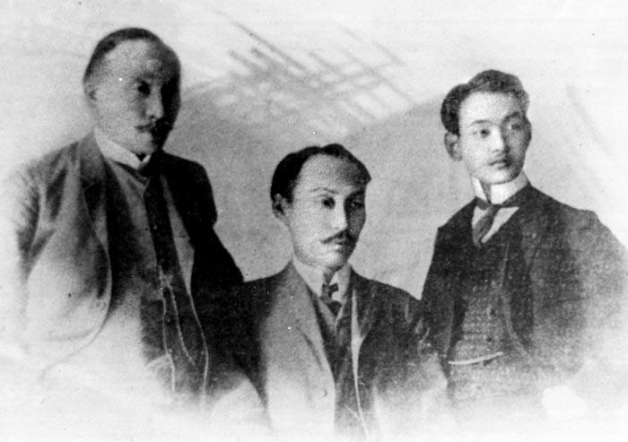 1907년 네덜란드 헤이그 만국평화회의에 파견한 이준(왼쪽부터)·이상설·이위종.