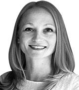 새라 할자크 블룸버그 칼럼니스트