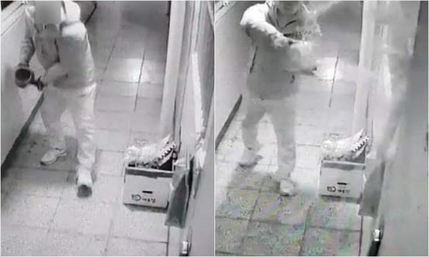 17일 오전 경남 진주시 가좌동 아파트에 방화·살해한 안모(42)씨가 과거에도 위층에 거주하는 주민에게 오물 투척하고 위협하는 장면이 폐쇄회로(CC)TV에 기록됐다. /연합뉴스