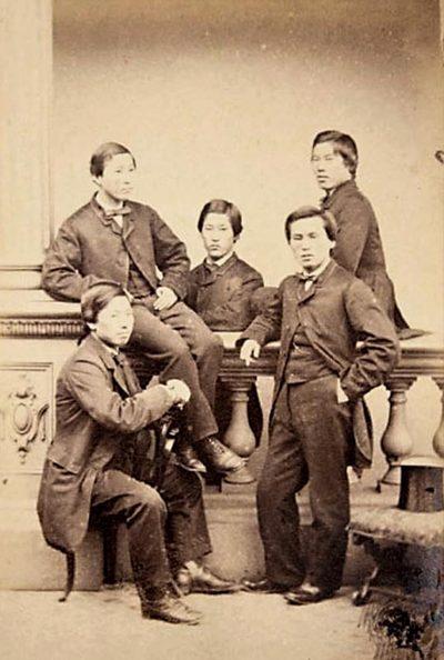 1863년 6월 27일 영국으로 밀항한 조슈(長州) 유학생 5명.