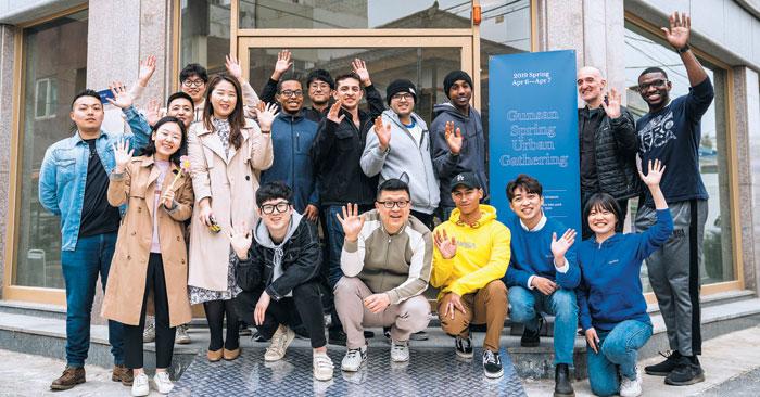 지난 6~7일 로컬라이즈 군산에서 외국인 여행객을 위한 국내 여행 가이드 사업을 준비 중인 '소도시(so.dosi)'팀이 아이디어를 직접 실행해보는 액션데이를 진행했다.