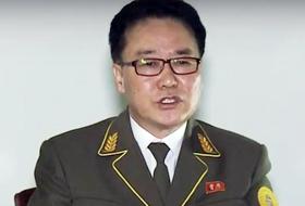 北, 검찰에도 제복 입혀 내부 단속 - 리명철 중앙검찰소 소장이 지난해 6월 조선중앙TV에 제복을 입고 나와 발언하고 있다. 과거 북한 검찰은 사복을 입었지만, 지난해부터 제복을 입고 있다.