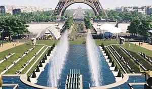 에펠탑 주변 정원
