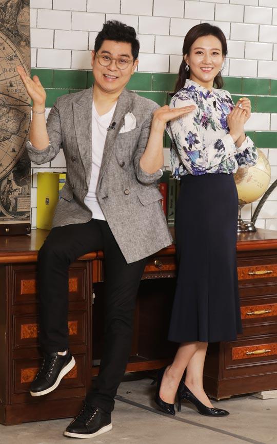 오늘 밤 11시 첫 방송 하는 TV조선 부동산 교양 프로그램 '이사야사'의 진행자 김용만(왼쪽)과 장윤정.