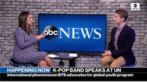 abc NEWS에 출연해 방탄소년단의 유엔 연설의 의미를 설명하고 있다.