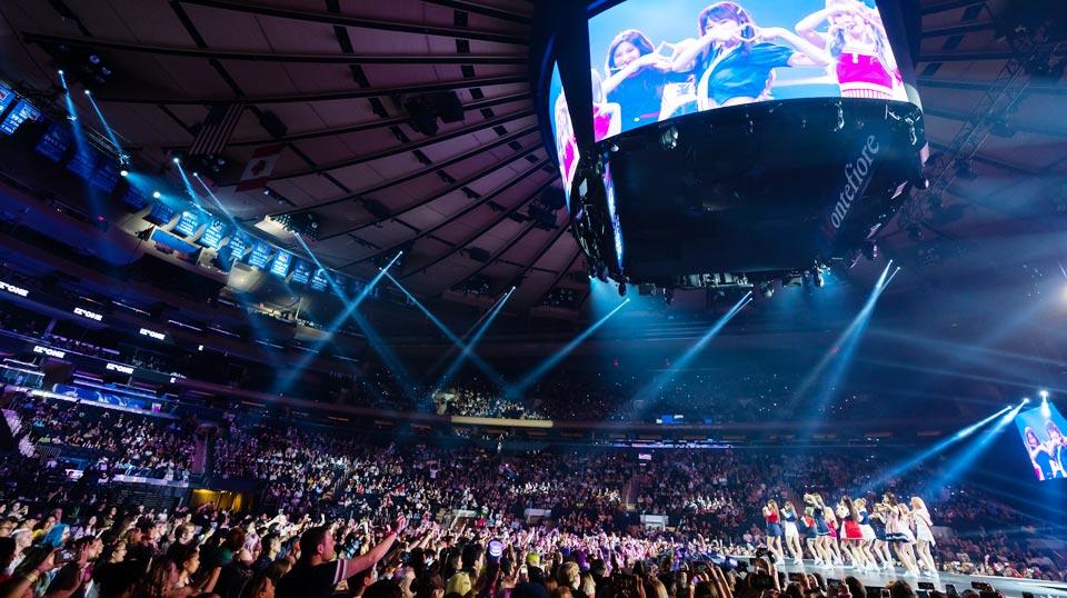 지난 6일부터 이틀간 뉴욕 맨해튼 매디슨 스퀘어 가든에서 열린 케이콘(KCON)에 5만5000여명의 K팝 팬들이 몰렸다.