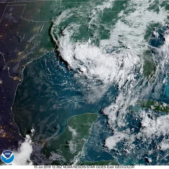 2019년 7월 10일 멕시코 북부 걸프만에서 열대성 폭풍이 형성되고 있는 모습. /트위터 캡처