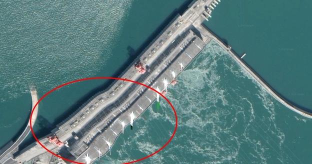 11일 오후 구글 어스에서 싼샤댐을 확대한 이미지. /구글 어스 캡처