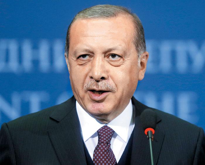 레제프 타이이프 에르도안 터키 대통령이 2017년 세르비아와 정상회담 후 기자회견을 하고 있다./ 블룸버그