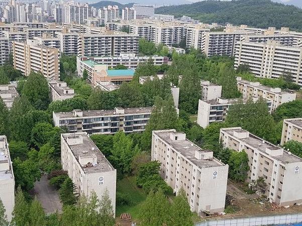 서울 강동구 둔촌주공 아파트. /조선DB