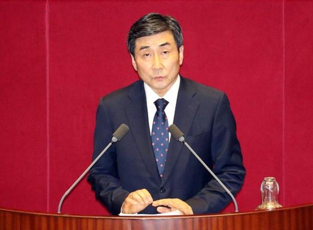 더불어민주당 이종걸 의원이 지난 27일 대정부 질문에서 질의하고 있다. /연합뉴스