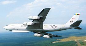 한반도 정찰에 투입된 것으로 알려진 미 공군 정찰기 E-8C 조인트 스타스의 모습.