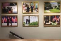 마크롱 대신 김정은?…백악관 벽에 미북 회담 사진 걸려