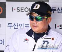 [포토] 김태형 감독 '여유만만'