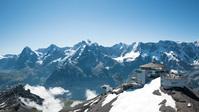 [friday] 톱니바퀴 열차 타고 오른 1800m 리기산… 야생화와 에메랄드빛 호수, 雪山의 파노라마