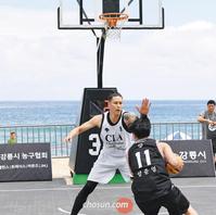 아시안게임·올림픽 종목 3대3 농구… 경포대 달궜다