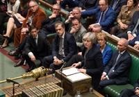영국 '브렉시트 혼돈'…메이 총리, 16일 정부 불신임 투표부터 넘어야